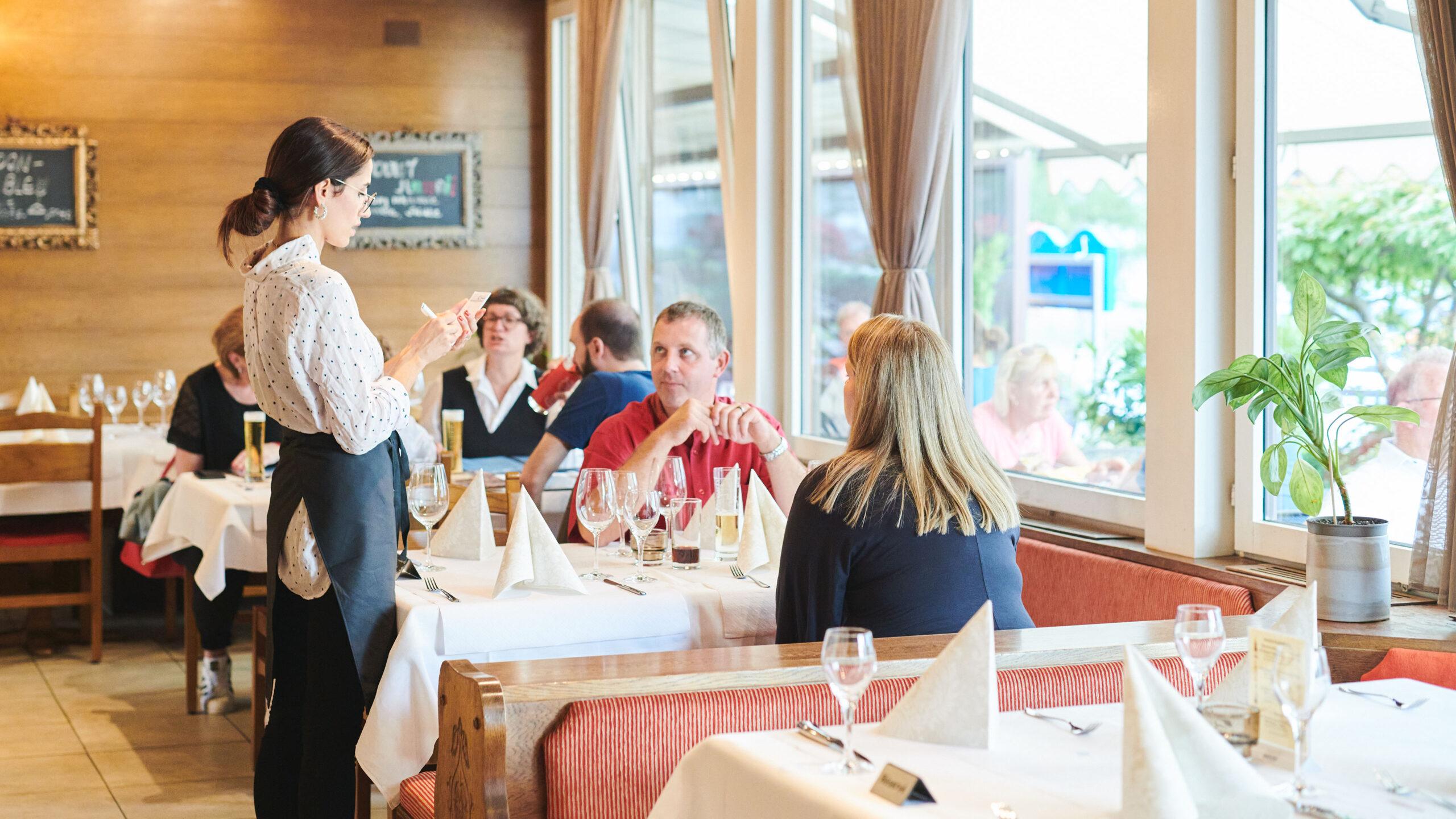 Restaurant-Schiffli-Diepoldsau-200905-PHK0221_eciRGB_v2-3840x2160